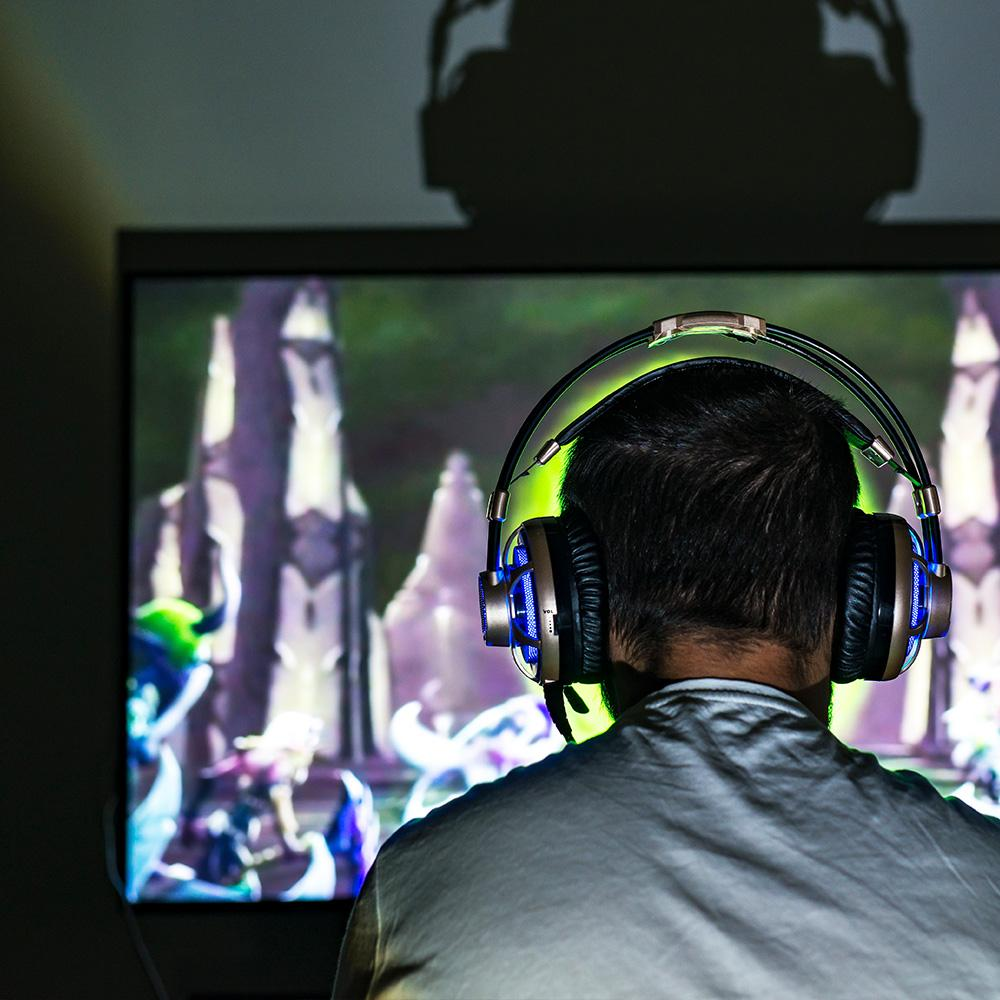Legends Original Inside Sports: Inside The OMEN House, Gaming Is A Full-time Job