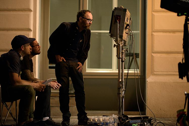 Director Lance Acord, behind the scenes.