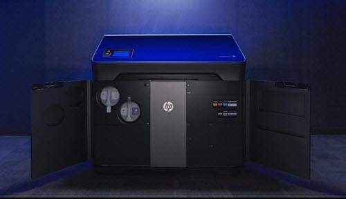 HP Jet Fusion 300/500 3D printing solution for functional prototyping and short-run production.
