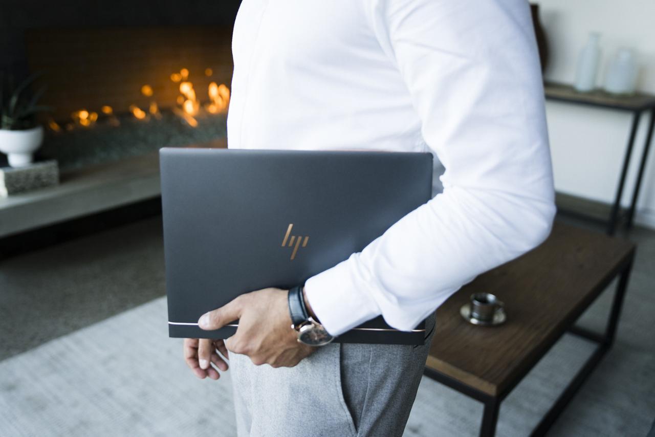 Das HP Spectre ist ein Notebook, welches zur Premium Serie von HP gehört. Das erzeugt natürlich hohe Erwartungen. Diese werden nicht nur im Design erfüllt.