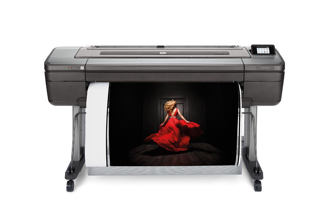 HP DesignJet Z9⁺dr 44-in PostScript® Printer with vertical trimmer