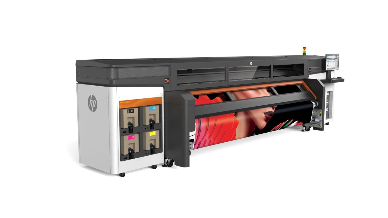 HP Expands Digital Textile Printing for Signage and Décor